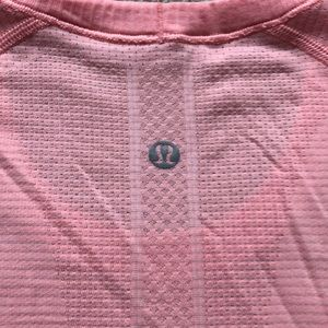 lululemon athletica Tops - Lululemon Swiftly Tech Short Sleeve